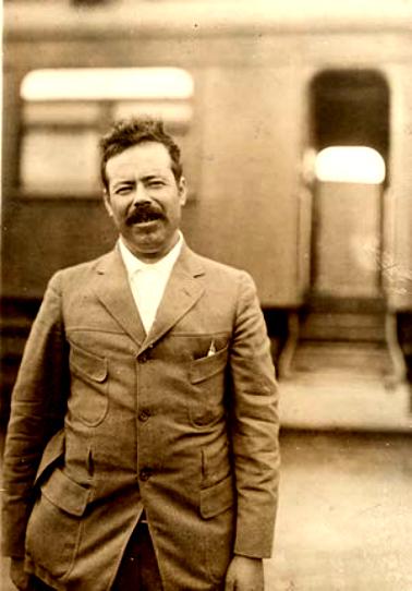 ¿Quién fue Pancho Villa?